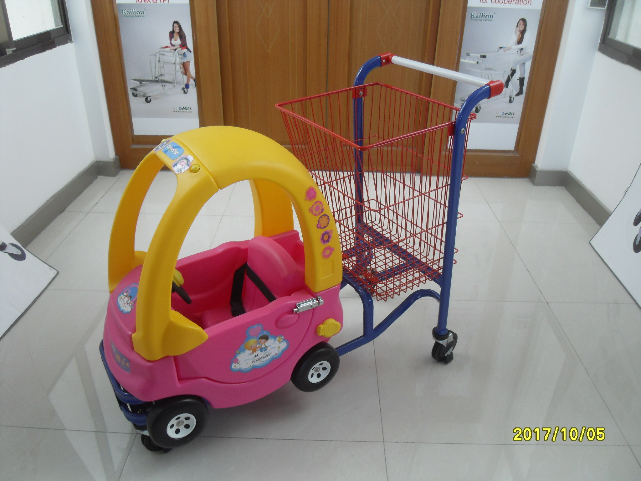 95L Low Carbon Steel / Plastic Children Shopping Cart With Red Powder Coating